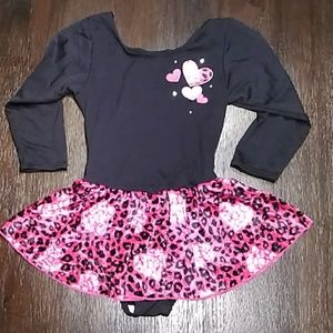NEW LIST Girls small dance bodysuit w/skirt.